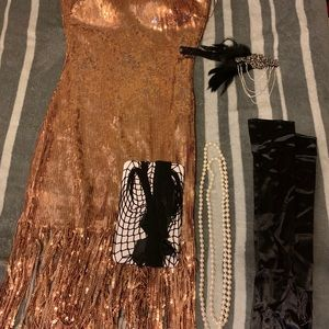 Dresses & Skirts - Sequined dress 20's style